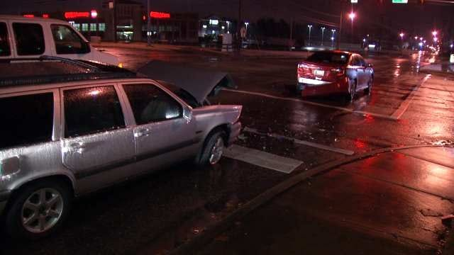 Ice Storm Contributes To Tulsa-Area Collisions