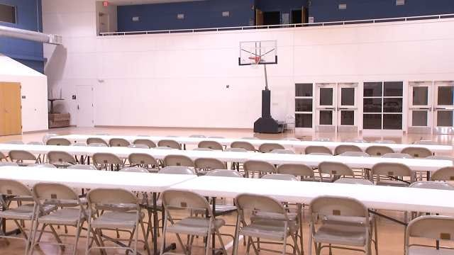 Red Cross Opens Warming Station At Admiral And Harvard