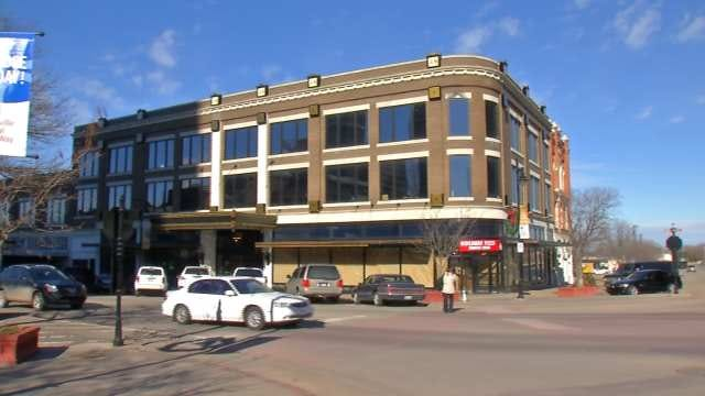 Bartlesville Man Rebuilds Landmark Building