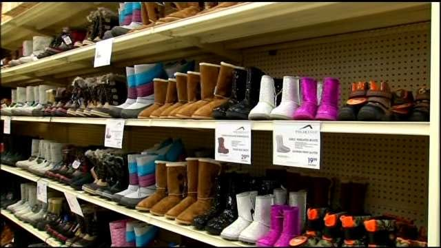 Oklahomans Stocking Up On Clothing, Supplies Ahead Of Winter Storm
