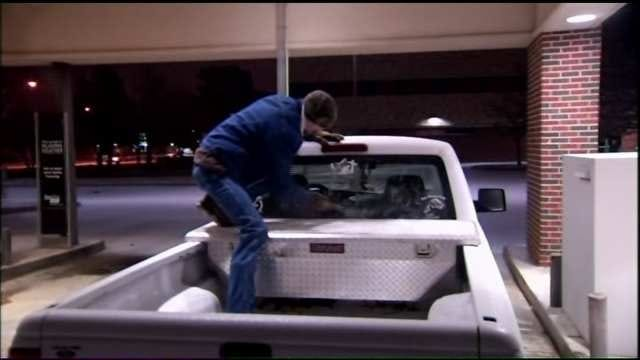 Residents Cope With Ice-Covered Muskogee