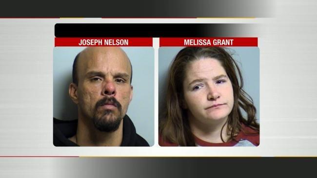 Oklahoma Alert Neighbor Snaps Pictures Of Burglars In The Act
