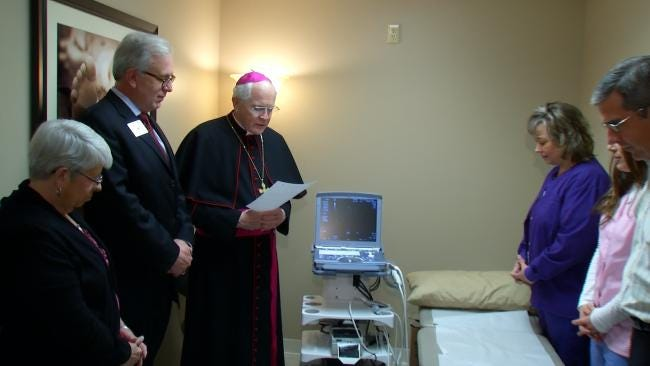 Catholic Organization Gives Tulsa Crisis Pregnancy Outreach Vital Gift