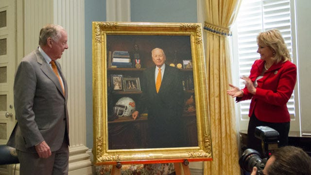 Portrait Of Boone Pickens Unveiled At State Capitol