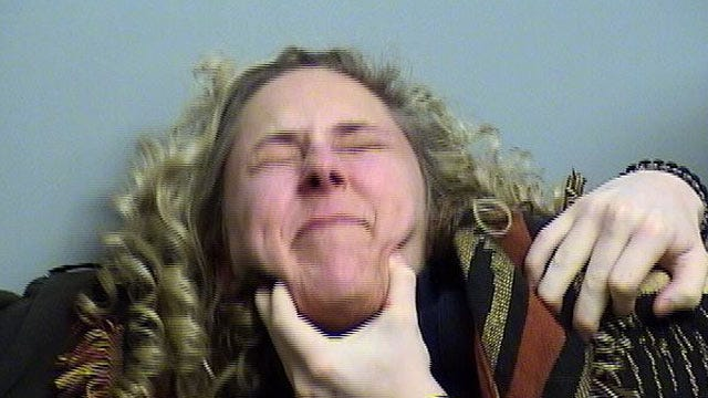 Police: Officers Struggle To Arrest Broken Arrow Woman For DUI