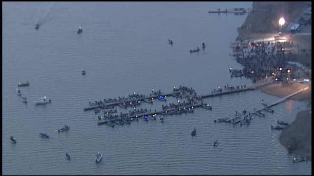 Spectators Flood Grand Lake To Catch Glimpse Of Bassmaster's Best