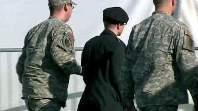 Judge Refuses To Dismiss Charges In Oklahoma Soldier's WikiLeaks Case