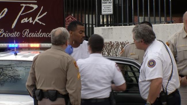 Tulsa Deputies Use Taser To Stop Escaping Inmate