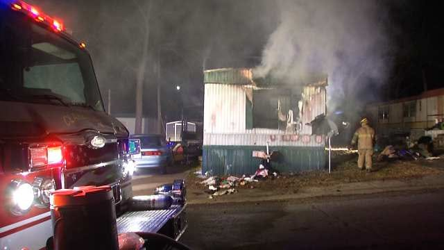 Food On Stove Catches Fire, Destroys Rogers County Mobile Home
