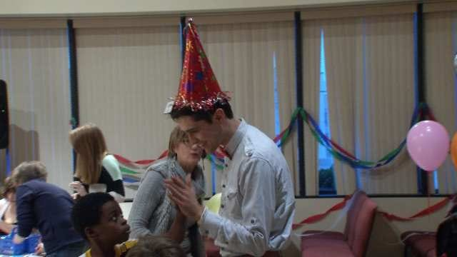 Tulsa Man Turns His Birthday Bash Into Benefit For Homeless
