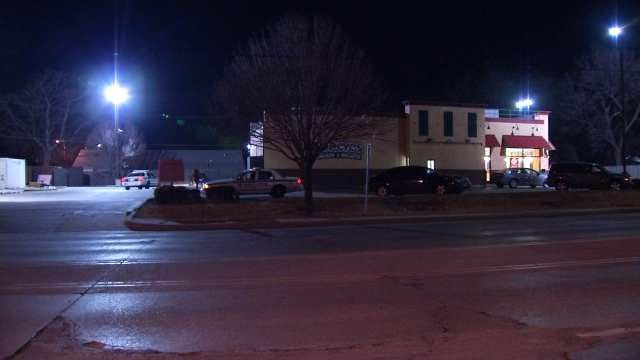 Tulsa Restaurant Employee Punches Would-Be Robber In Face
