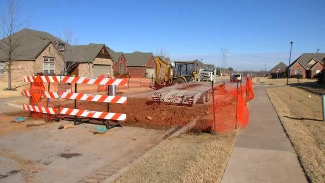Leaking Oil Well Creates Nuisance For Jenks Neighborhood