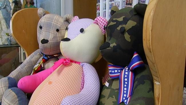 Grove Couple Making Huggable Heirlooms For Families Of School Shooting Victims