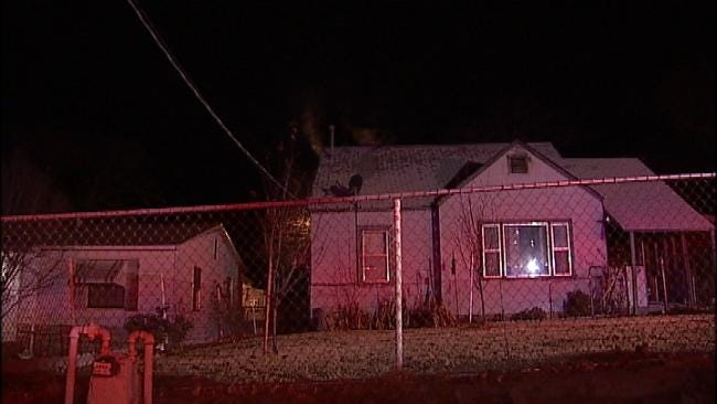 Neighbors Wake Sand Springs Woman During House Fire