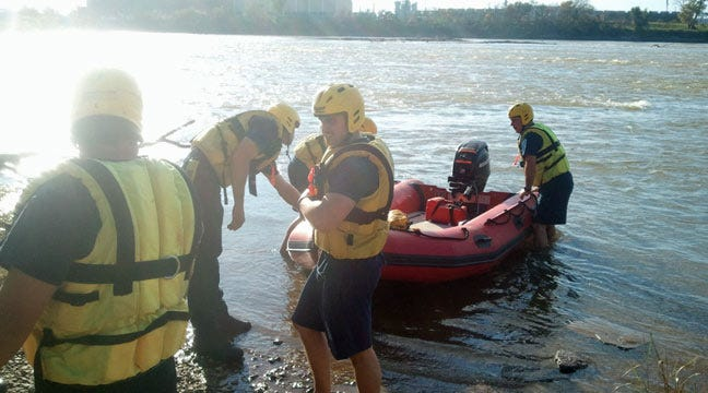 Tulsa Firefighters Rescue Man From Arkansas River
