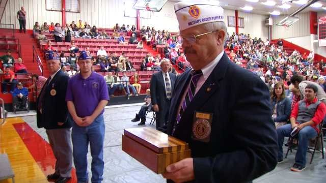 Oklahoma Soldier's Purple Heart Returns Home 70 Years After His Death