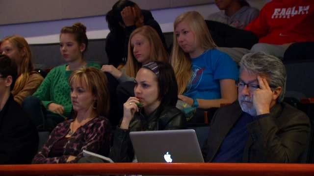 Bartlesville Students Get Strategies To Defend Their Christian Faith