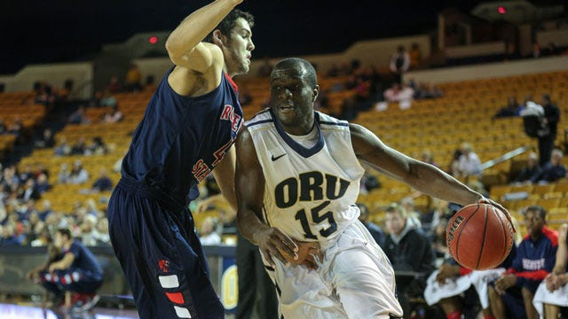 3-Point Barrage Leads Oral Roberts Past Texas State