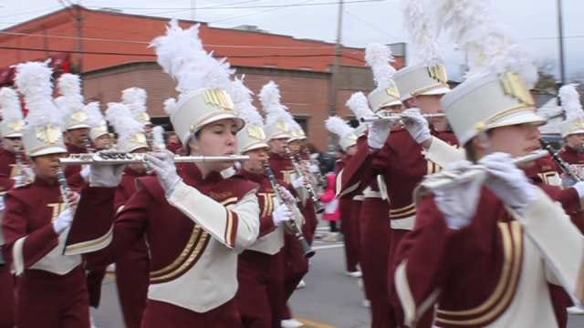 Jenks Marches In Christmas Spirit With Annual Parade