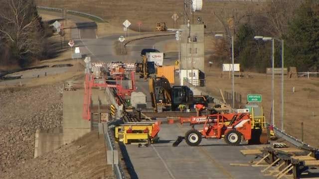 Closed Bridge Over Keystone Dam Brings Slew Of Traffic Through Sand Springs