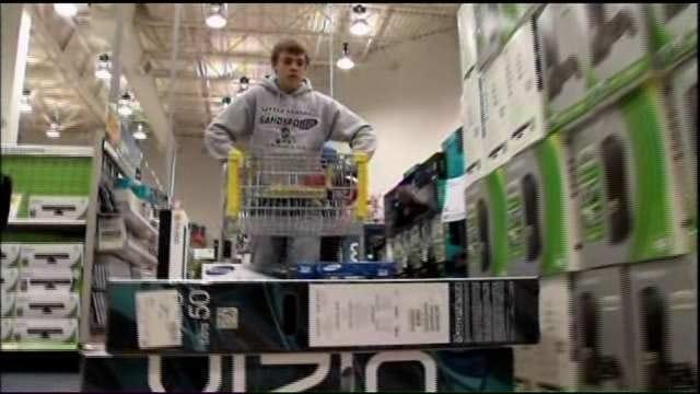 Tulsa Shoppers Put Down Forks, Pick Up Credit Cards For Pre-Black Friday Sales