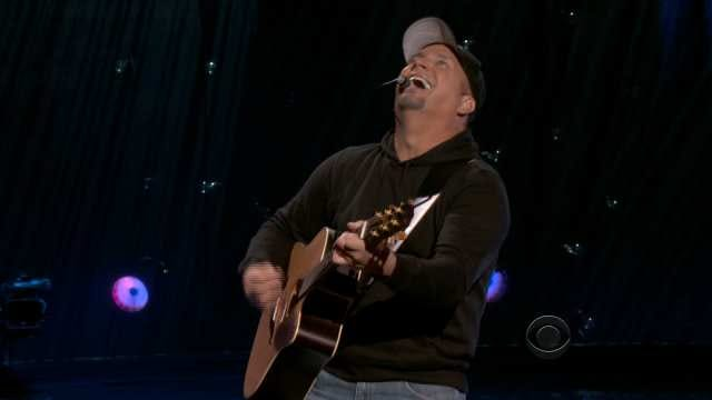Oklahoma's Garth Brooks Charms CBS Audience With Vegas Finale
