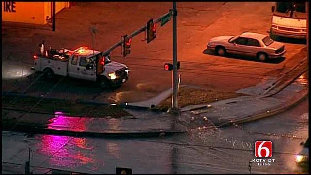 Water Main Break Floods Tulsa Intersection At 61st And Garnett