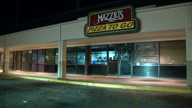 West Tulsa Mazzio's Robbed After Hours, Police Say