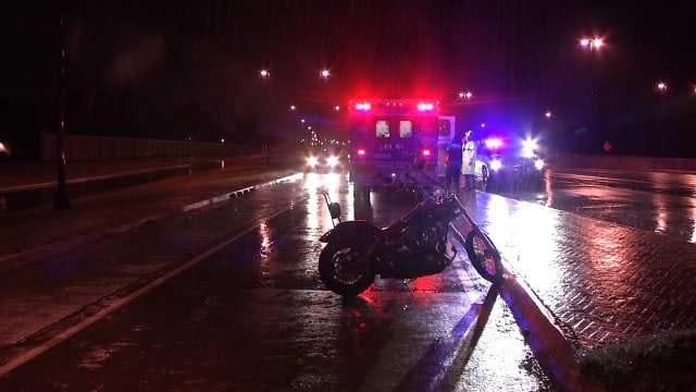 Motorcyclist Wrecks On Wet Tulsa Highway