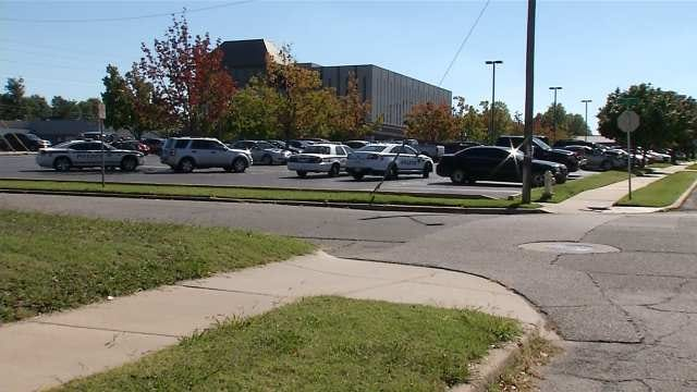 Tulsa Police: Incident At Utica Square Leads To Hospital Lockdown