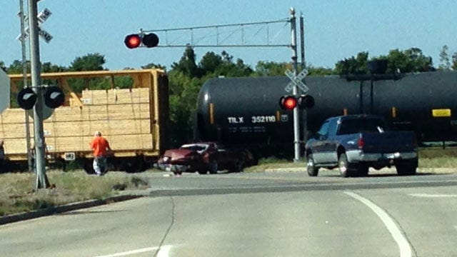 Pickup Truck Hit By Union Pacific Train In Muskogee