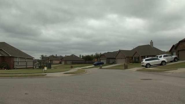 Sand Springs Resident Shocked At Peeping Tom Arrest In Neighborhood