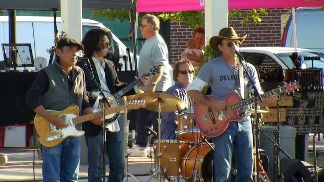 Woody Guthrie Center Raises Money For Local Causes With Fall Concert