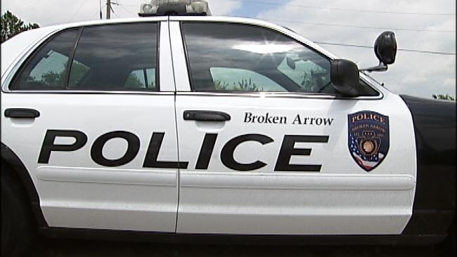 Broken Arrow Police Investigate Fatal Crash