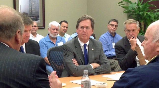 Mayor, Trash Board Streamline Communication About Green Waste System