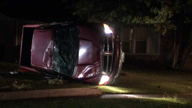 Police Search For Driver After East Tulsa Pickup Crash
