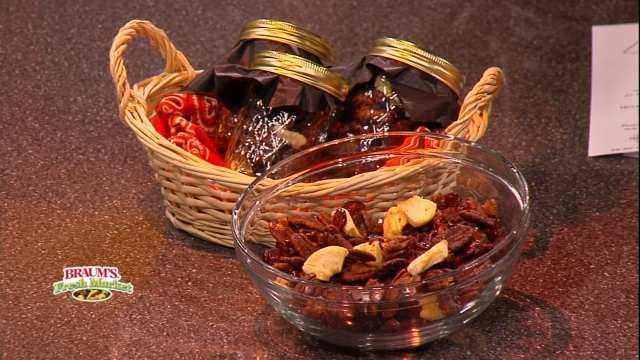 Spiced Pecan And Dried Fruit Mix