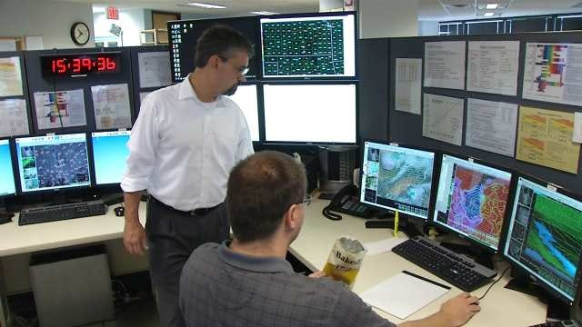 Employees At National Weather Service Working For Free During Shutdown