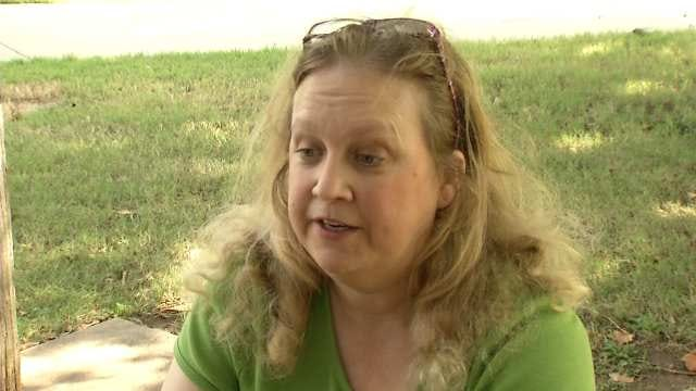 Tulsa Waitress Says Employer Cut Her Hours To Avoid Providing Health Insurance