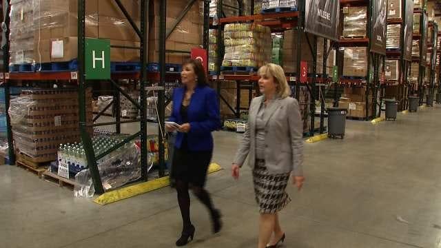 Governor Fallin Visits Eastern Oklahoma Food Bank