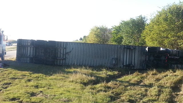 Two Semis Collide On Highway 75 In Washington County