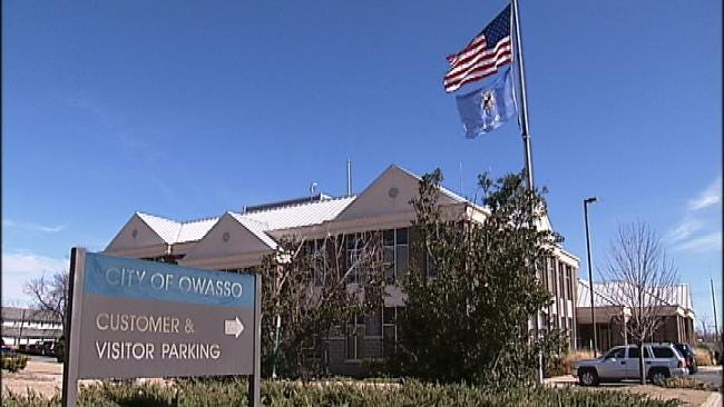 Group Delivers Petition For Grand Jury Investigation Into City Of Owasso