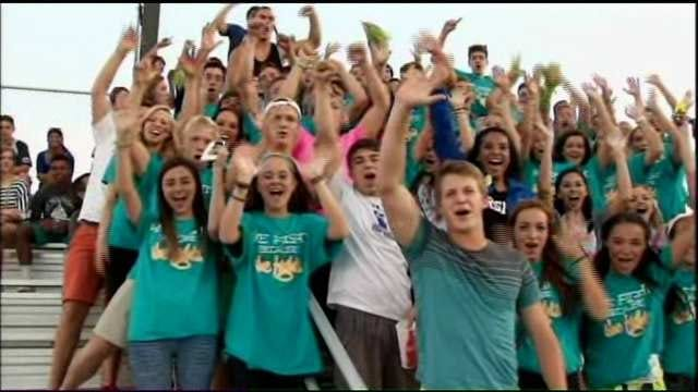 Bixby Cheerleaders Rally To Support One Of Their Own Diagnosed With Cancer