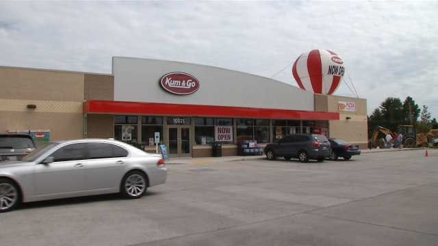 New Style Of Kum & Go Store Opens In South Tulsa