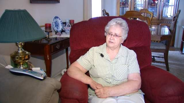 Claremore Woman Says She Was Robbed By Man Posing As City Worker
