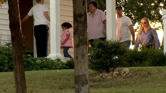 South Carolina Couple Takes Custody Of 'Baby Veronica'