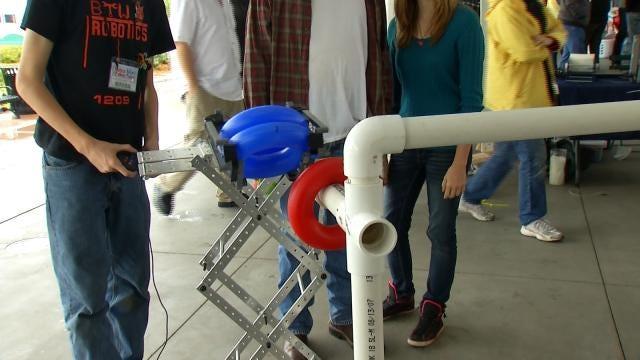 Tulsa Mini Maker Faire Displays Ambitions Of Inventors