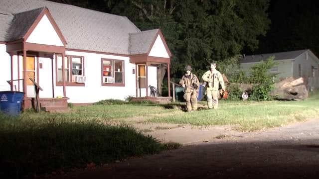 Elm Tree Crashes, Causes Natural Gas Leak In North Tulsa