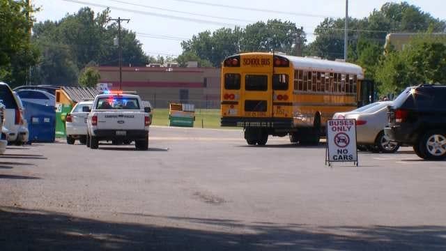 Tulsa School Bus Driver Accused Of Assaulting Principal