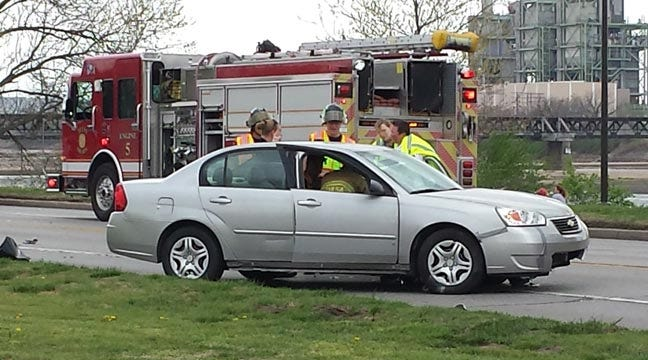 Injury Wreck Closes Riverside Drive North Of 31st Street